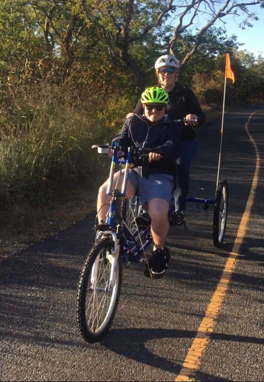 Tommy and Kelly on the ET2611 Tandem Bicycle